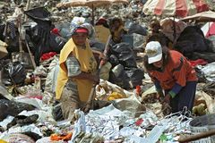 Working on rubbish dump Paraguayan survival strategy Stock Photos