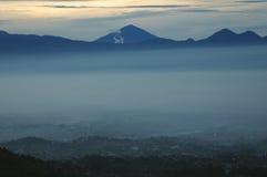 De bergen van Parahyangan Stock Afbeeldingen