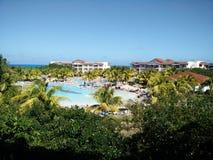 Paraiso dello stagno del paesaggio dell'hotel di Cuba Fotografia Stock Libera da Diritti