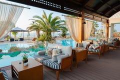 Paralia卡泰里尼,希腊- 6月02 :豪华hote游泳池  库存图片