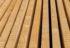 Parallel gevouwen brede het patroonbasis van de paneel houten raad royalty-vrije stock foto's