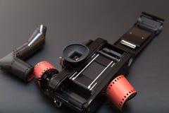 Parallell reflexkamera med rullfilmen Arkivbilder