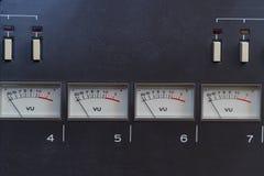 Parallella pilindikatorer på panelen Fotografering för Bildbyråer