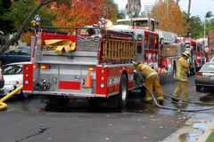 Paramédico del cuerpo de bomberos Fotografía de archivo