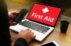 paramédico médico Medication Accidental Emergency doc dos primeiros socorros fotos de stock royalty free