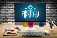 paramédico médico Medication Accidental Emergency doc dos primeiros socorros imagens de stock royalty free