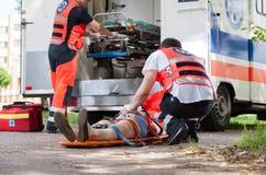 Paramédicos durante seu trabalho Foto de Stock Royalty Free