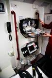Paramedico con rianimazione scaduta dell'aria Immagini Stock