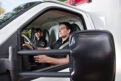 Paramedicus in Ziekenwagen Royalty-vrije Stock Fotografie