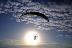 Paramotor alla luce solare Fotografie Stock