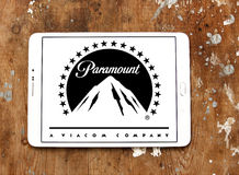 Paramount pictures logo. Logo of the american film and television production company paramount on samsung tablet on wooden background Stock Photography