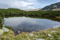 Parang山的蓝色湖 库存图片