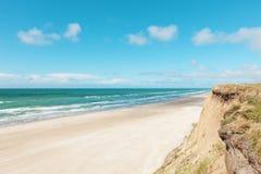 Parapendio sulla spiaggia abbandonata Fotografia Stock Libera da Diritti