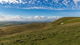 Parapente nos vales de Yorkshire, Reino Unido Imagens de Stock
