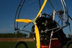 paraplan的马达,飞行的体育 库存照片