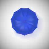 Parapluie bleu ouvert, vue supérieure, plan rapproché Image stock