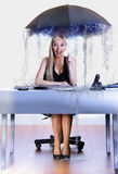 Parapluie de femme d'affaires Photos stock