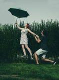 Parapluie de lévitation Photo stock