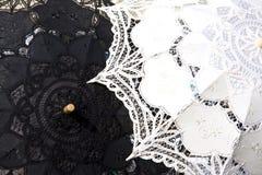Parapluie de lacet à Venise Photo stock