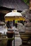 Parapluie de temple hindou de Bali. Photo stock
