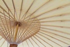 Parapluie en bambou Photos stock
