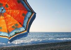 Parapluie sur la plage Image libre de droits