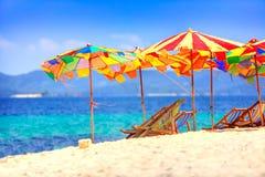 Parapluies à la plage Images libres de droits