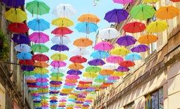 Parapluies 14 colorés Photographie stock libre de droits