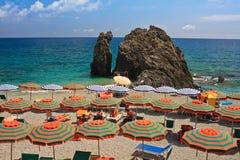 Parapluies de plage Images libres de droits