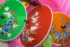 Parapluies sur le marché Photographie stock