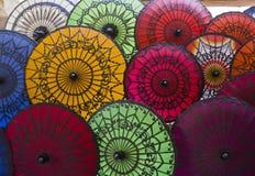 Parapluies typiques de Myanmar Photographie stock libre de droits