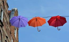 Paraply i skyen Arkivbilder
