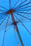 Paraplyblått Fotografering för Bildbyråer