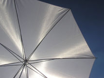 paraplywhite royaltyfri foto
