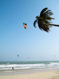 Paraquedas da praia, Tailândia Imagem de Stock