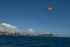 parasailing Гавайских островов Стоковое Изображение
