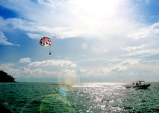 Parasailing. With a blue sky Royalty Free Stock Photos