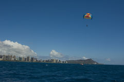 Parasailing Hawaï Stock Afbeelding