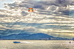 Parasailing over ocean Royalty Free Stock Images