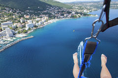 Parasailing w lecie na Adriatyckim morzu Obrazy Stock