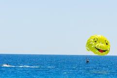 Parasailings aardige kooi d'azur, Frankrijk royalty-vrije stock foto