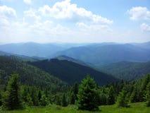 Parashka berg, berg Carpathians Arkivfoto