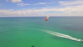 Parasiling迈阿密海滩 股票录像