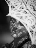 Parasol σκιά στο πρόσωπο Στοκ Εικόνες
