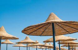 Parasol de la playa Fotos de archivo