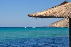 Parasol em uma praia Imagem de Stock Royalty Free