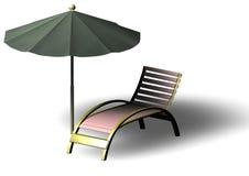 Parasol et Deckchair de plage Photographie stock libre de droits