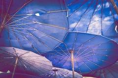 Parasol i jesteśmy plażowi Fotografia Stock