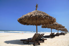 Parasole na plaży Obrazy Royalty Free