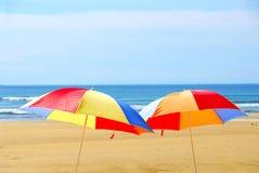 Parasoles de playa Foto de archivo